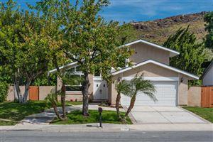 Photo of 483 SUNDANCE Street, Thousand Oaks, CA 91360 (MLS # 217011907)