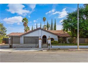Photo of 6300 ROYER Avenue, Woodland Hills, CA 91367 (MLS # SR17258919)