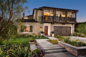 Photo of 98 MAYFLOWER Street, Thousand Oaks, CA 91360 (MLS # SR17185999)