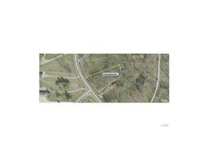 Photo of 694 Lakengren Drive, Eaton, OH 45320 (MLS # 752679)