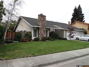 Photo of 9457 Thunderbird Pl, SAN RAMON, CA 94583 (MLS # 40800042)