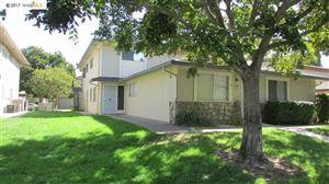 Photo of 2305 Lemontree Way, ANTIOCH, CA 94509 (MLS # 40800137)