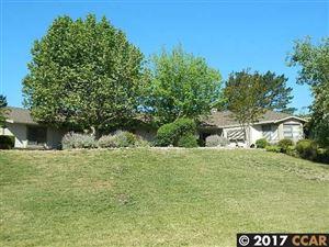 Photo of 50 Hidden Hills Place, DANVILLE, CA 94506 (MLS # 40804147)