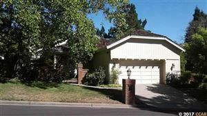 Photo of 944 Redwood Dr, DANVILLE, CA 94506 (MLS # 40791195)