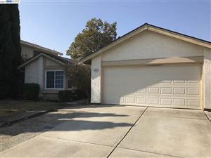 Photo of 4583 Amiens Ave, FREMONT, CA 94555 (MLS # 40796222)