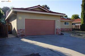 Photo of 1111 Morello Ave, MARTINEZ, CA 94553 (MLS # 40798243)
