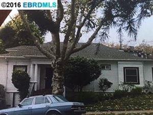 Photo of 901 Kingston Ave, PIEDMONT, CA 94611 (MLS # 40765246)