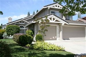 Photo of 332 Deepcreek Ct, DANVILLE, CA 94506 (MLS # 40788246)