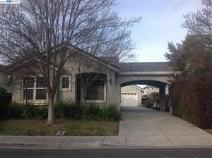 Photo of 1256 HYACINTH CT, LIVERMORE, CA 94551-9830 (MLS # 40794259)