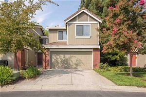 Photo of 5 Glen Valley Ci, DANVILLE, CA 94526 (MLS # 40795551)
