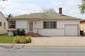 Photo of 16137 Via Alamitos, SAN LORENZO, CA 94580 (MLS # 40797592)
