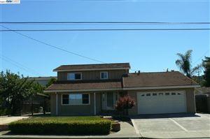 Photo of 9597 Davona Dr, SAN RAMON, CA 94583 (MLS # 40805647)
