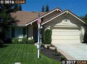 Photo of 40 VERSAILLES CT, DANVILLE, CA 94506-6162 (MLS # 40793680)