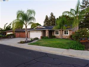 Photo of 5154 Lenore Ave, LIVERMORE, CA 94550 (MLS # 40798685)