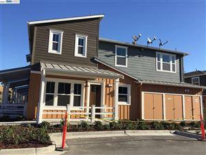 Photo of 472 Persimmon Common, LIVERMORE, CA 94551 (MLS # 40799705)