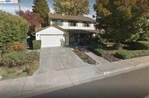 Photo of 9648 Davona Dr, SAN RAMON, CA 94583 (MLS # 40804766)