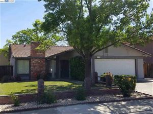 Photo of 2820 Butler Ct, TRACY, CA 95376 (MLS # 40803808)