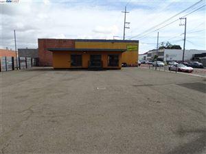 Photo of 1900 Park St, ALAMEDA, CA 94501 (MLS # 40802880)
