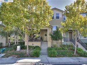 Photo of 6117 Yardley Ln, SAN RAMON, CA 94582 (MLS # 40804899)