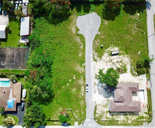 Photo of 10775 SW 131st Ter, Miami, FL 33176 (MLS # A10329971)