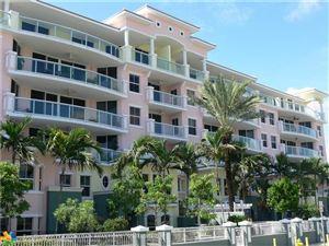 Photo of 2051 SE 3rd St, Deerfield Beach, FL 33441 (MLS # F10080285)