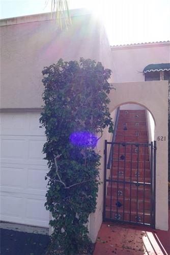Photo of 6638 Villa Sonrisa Dr, Boca Raton, FL 33433 (MLS # F10096765)