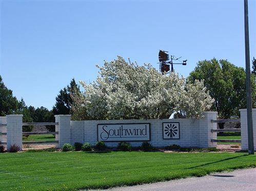 Photo of 1405 Grandview  East, Garden City, KS 67846 (MLS # 12733)