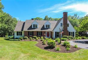 Photo of 2  Highledge Rd, Canton, CT 06019 (MLS # G10232059)