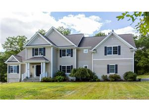 Photo of 26 Plum Hill, East Lyme, CT 06333 (MLS # E10171110)