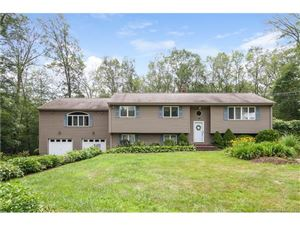 Photo of 16 Willow Drive, Montville, CT 06382 (MLS # N10235120)