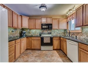 Featured picture for the property W10171250