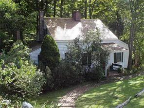 Photo of 37 Cornwall Road, Warren, CT 06754 (MLS # 99151285)