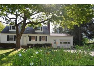 Photo of 12 Texas Drive, Montville, CT 06370 (MLS # N10234302)