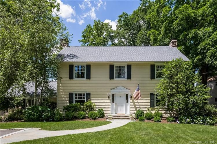 Photo for 66 Tomac Avenue, Greenwich, CT 06870 (MLS # 170023365)