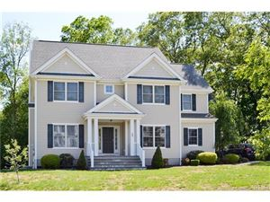Photo of 99 Arbor Crossing, East Lyme, CT 06333 (MLS # E10222425)