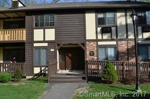 Photo of 4 Carlisle Court #4, Brookfield, CT 06804 (MLS # 170033430)