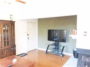 Photo of 204 Carriage Crossing Lane #204, Middletown, CT 06457 (MLS # 170023460)