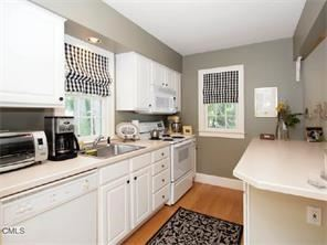 Tiny photo for 83 South Avenue #F, New Canaan, CT 06840 (MLS # 99187679)