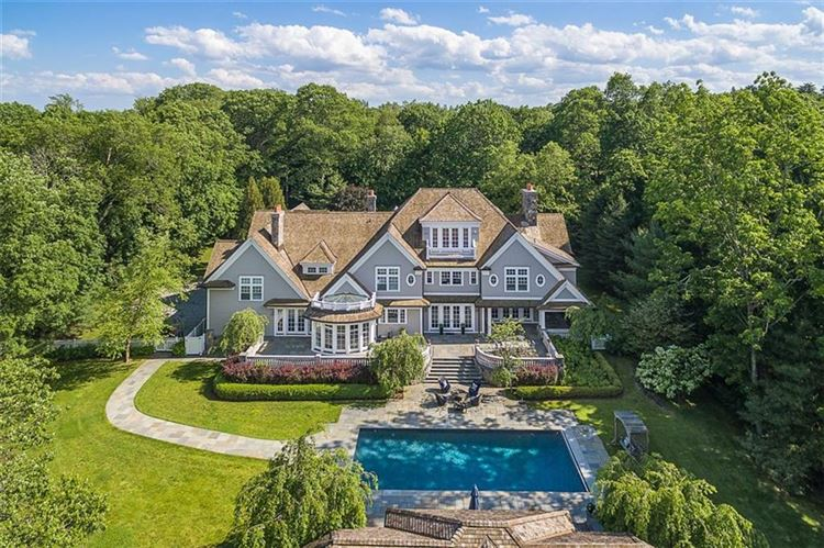 Photo for 10 Taconic Road, Greenwich, CT 06830 (MLS # 99189821)