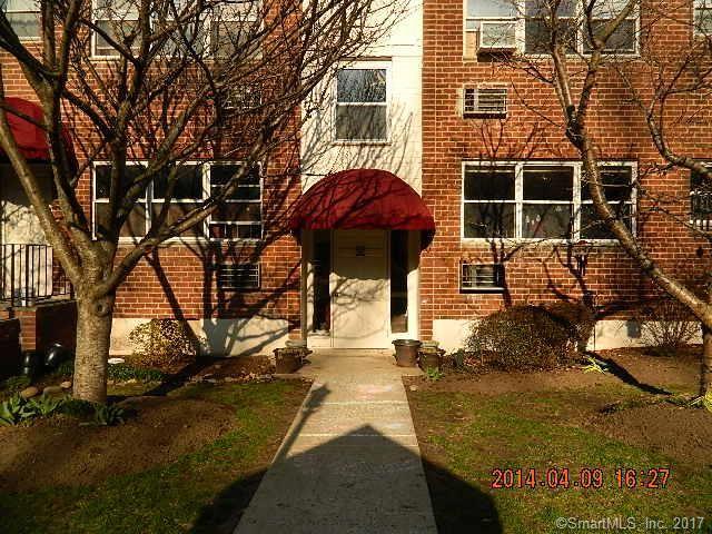 Photo for 11 Bedford Avenue #R4, Norwalk, CT 06850 (MLS # 170022960)