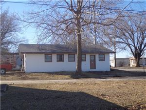 Photo of 32470 Lone Star Road, Paola, KS 66071 (MLS # 1972329)