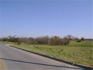 Photo of Hedge Ln & Baptiste Drive, Paola, KS 66071 (MLS # 1736568)