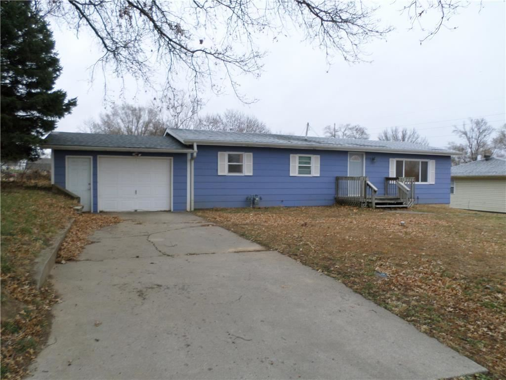 Photo of 8233 Clay Street, Atchison, KS 66002 (MLS # 2253677)