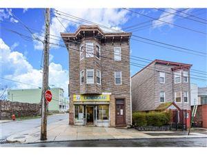 Photo of 332 Walnut Street, Yonkers, NY 10701 (MLS # 4740002)