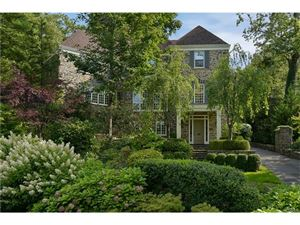 Photo of 9 Crows Nest Road, Bronxville, NY 10708 (MLS # 4734010)