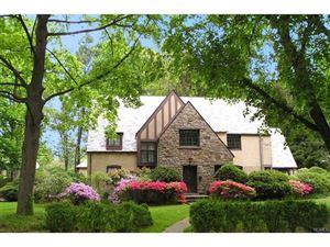 Photo of 2 Dunham Road, Scarsdale, NY 10583 (MLS # 4734015)