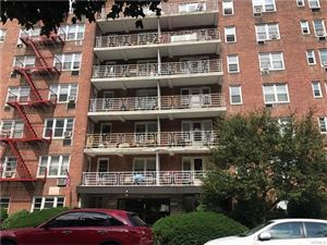 Photo of 679 Warburton Avenue, Yonkers, NY 10701 (MLS # 4731083)