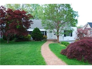 Photo of 7 Dell Road, Scarsdale, NY 10583 (MLS # 4740125)