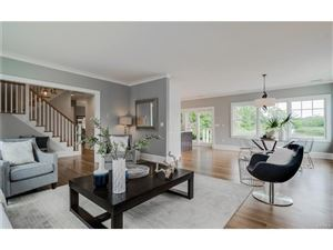 Photo of 716 Guion Drive, Mamaroneck, NY 10543 (MLS # 4716170)