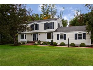 Photo of 6 Colony Row, Chappaqua, NY 10514 (MLS # 4702191)